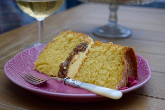 Rhubarb-custard-cake-recipe-lucyloves-east-sheen-village