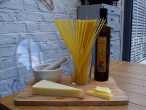 Spaghetti-cacio-e-pepe-recipe-lucyloves-foodblog