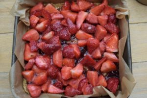 Strawberry-oat-bars-recipe-lucyloves-east-sheen-village
