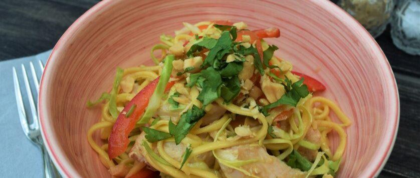 Summer-noodle-salad-bowl-recipe-lucyloves-east-sheen-village