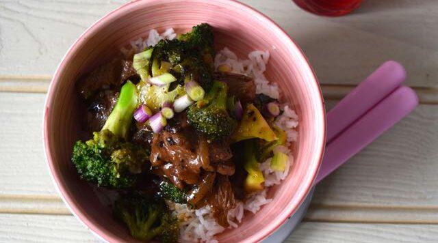 Stir-fried-beef-broccoli-lucyloves-east-sheen-village