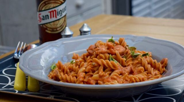 One-pot-chorizo-pasta-recipe-lucyloves-east-sheen-village