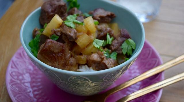 Thai-beef-curry-pineapple-recipe-lucyloves-foodblog