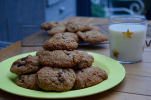 Oatmeal-raisin-cookies-recipe-lucyloves-foodblog