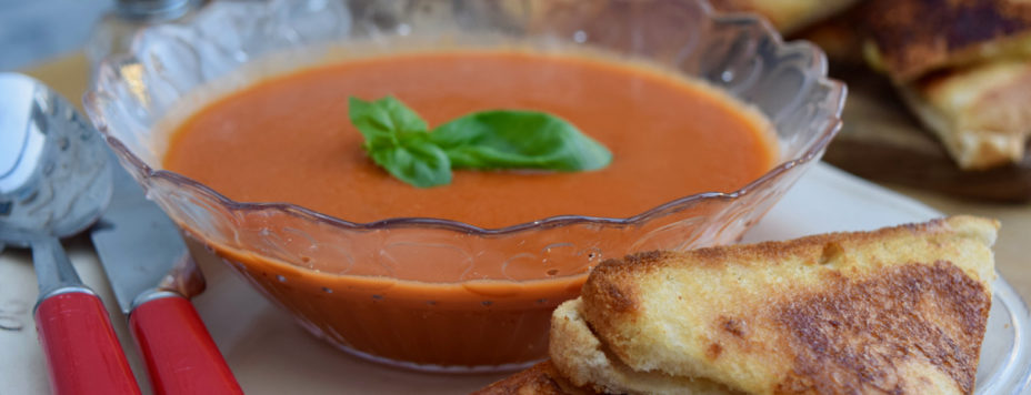 Roasted-tomato-soup-recipe-grilled-cheese-lucyloves-east-sheen-village