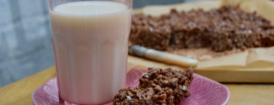 Salted-nutella-krispie-squares-recipe-lucyloves-east-sheen-village