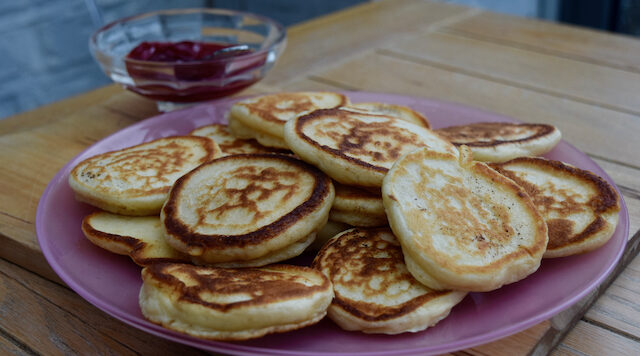 Pikelets recipe from Lucy Loves Food Blog